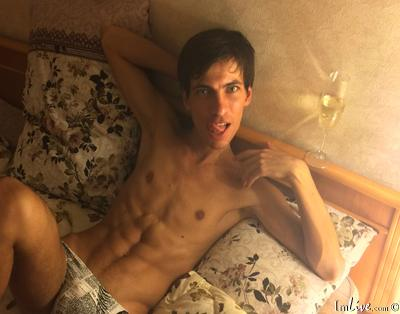 uniassh0leslut, 21 – Live Adult gay and Sex Chat on Livex-cams